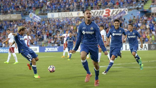 Getafe y Tenerife jugarán por un puesto en primera