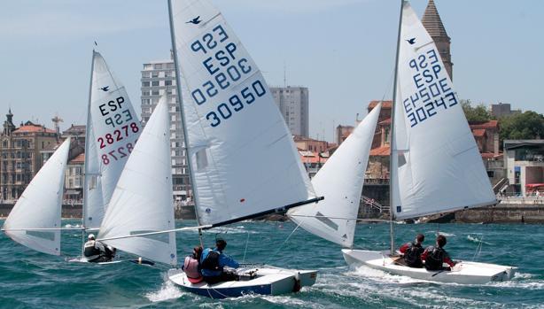 IV Trofeo de San Pedro, del Real Club Astur de Regatas
