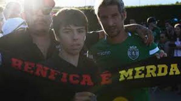 Coentrao la lía insultando al Benfica