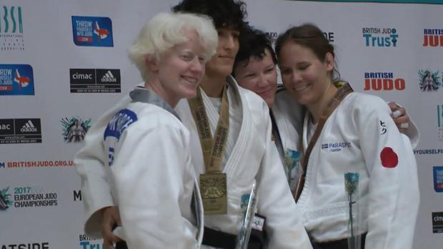 Marta Arce, en el podio en Londres