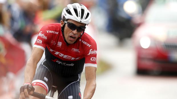 Vuelta a España:  Contador honra a su historia ganando en el Angliru