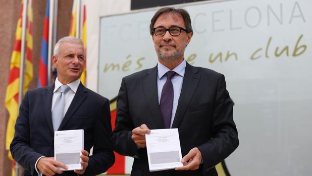 Agustí Benedito, a la derecha, impulsor de la moción de censura contra Bartomeu y su junta