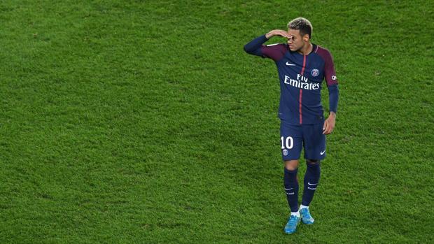 """Neymar y su vida como """"Jefe de Estado"""" en París"""