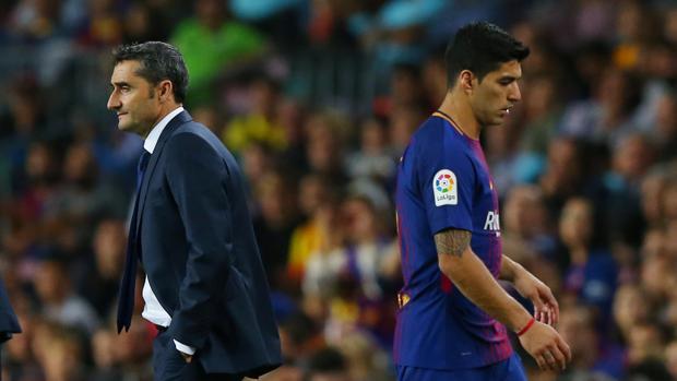 Luis Suárez tras ser sustituido ayer en el partido ante el Málaga