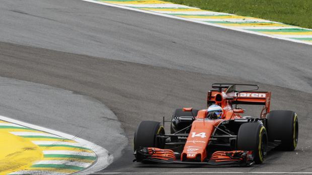 Fernando Alonso, durante la clasificación del GP de Brasil