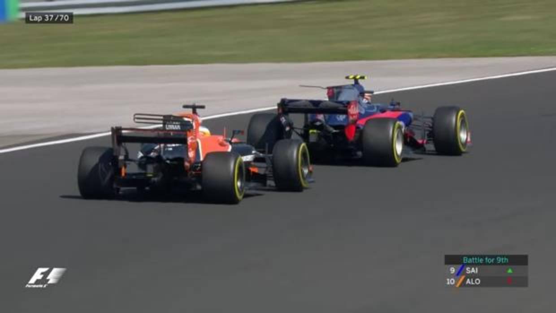 Alonso y Sainz optan al mejor adelantamiento del año