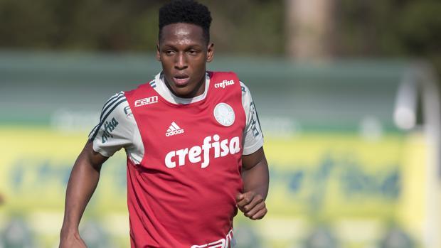 Yerri Mina, jugador del Palmeiras