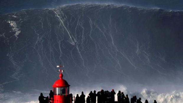 Steudtner, sobre la ola gigante