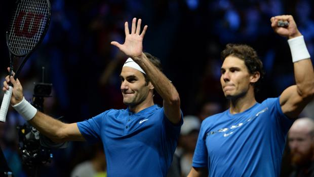 Roger Federer y Rafa Nadal en un partido de 2017