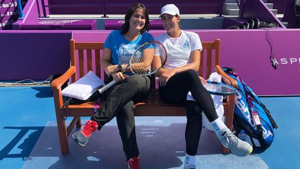 Conchita Martínez y Garbiñe Muguruza, juntas en Doha