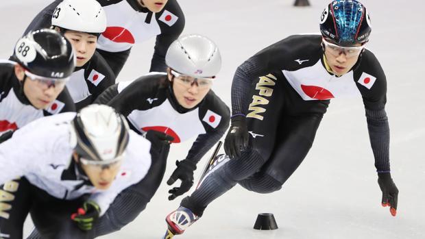Kei Saito (derecha), en plena competición