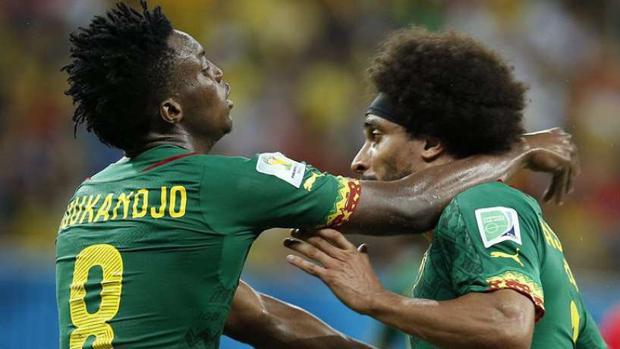 Pelea entre Assou-Ekottoy Moukandjo en el Mundial de Brasil de 2014