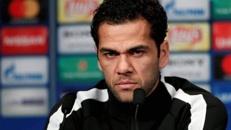 Dani Alves: «El Madrid solo necesita 10 minutos por partido»