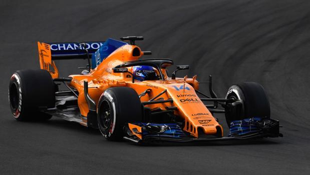 Alonso, al volante del MCL33