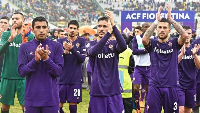 Seria A: Precioso homenaje a Astori en el triunfo de la Fiorentina