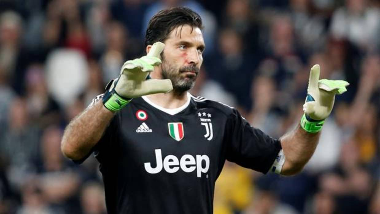 Buffon denuncia intentos de desestabilizar a la Juventus