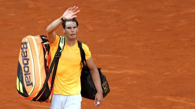 Rafael Nadal, se despide tras haber sido eliminado por el austriaco, Dominic Thiem