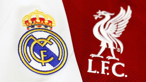 Los escudos de los finalistas de la Champions League 2018 bordados en tela y fotografiados al detalle