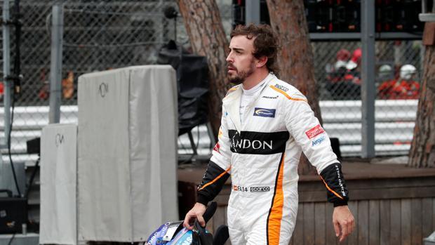 Alonso tras abandonar la carrera en Montecarlo