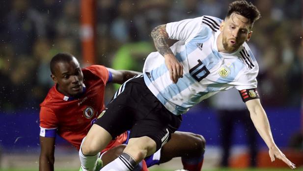 Leo Messi durante un partido con la selección de Argentina