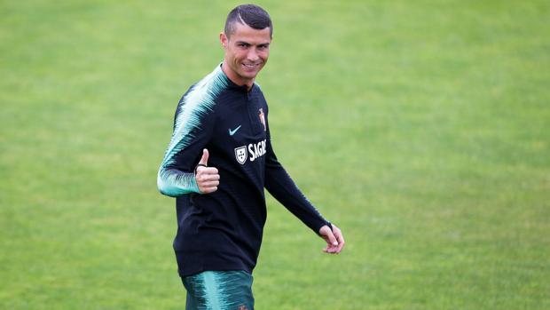 Cristiano Ronaldo en un entrenamiento con Portugal