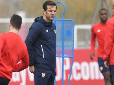 Carlos Marchena se incorpora al equipo técnico de Hierro