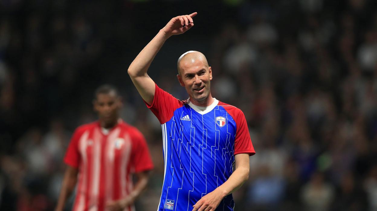 El increíble gol de Zidane que está dando la vuelta al mundo