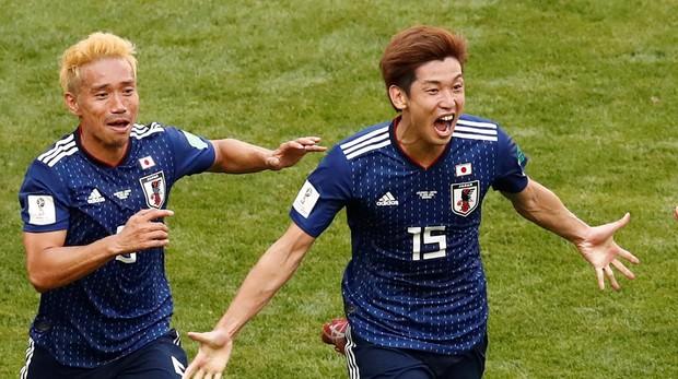 Osako celebra su gol , que dio la victoria a Japón frente a Colombia