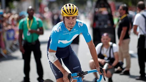 Mikel Landa, ciclista del Movistar Team, antes de comenzar una etapa del Tour 2018