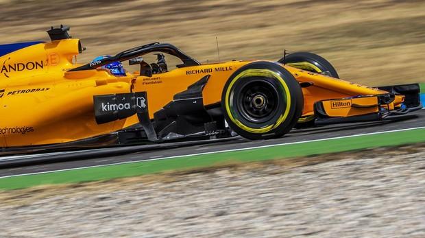 Alonso al frente de McLaren durante el Gran Premio de Alemania en 2018