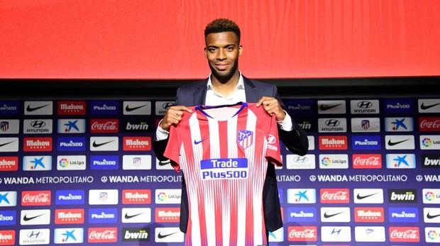 El francés Lemar en su presentación con el Atlético de Madrid