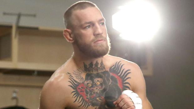 El peleador irlandés Conor McGregor tratará de recuperar su reinado en la UFC