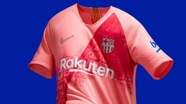 FC Barcelona  La polémica tercera equipación del Barcelona 184ee3ac0f197