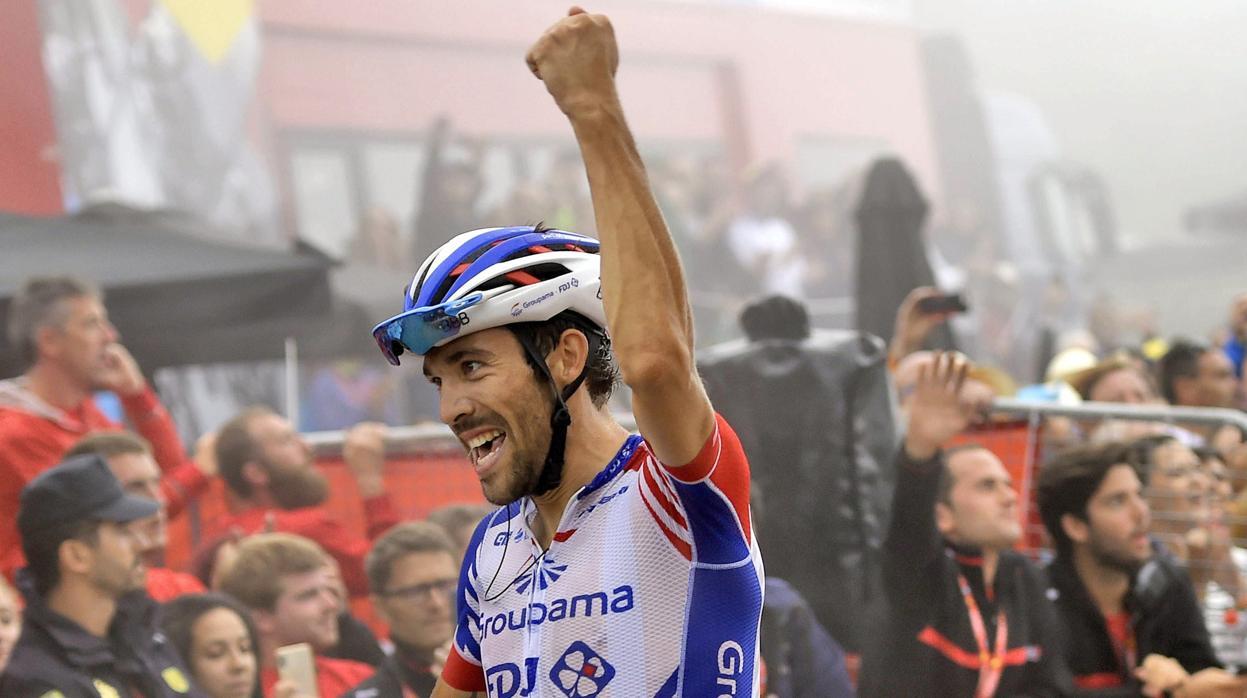 Pinot vence y Yates asesta un golpe casi letal a la Vuelta