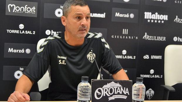 Sergi Escobar, destituido como entrenador del Castellón