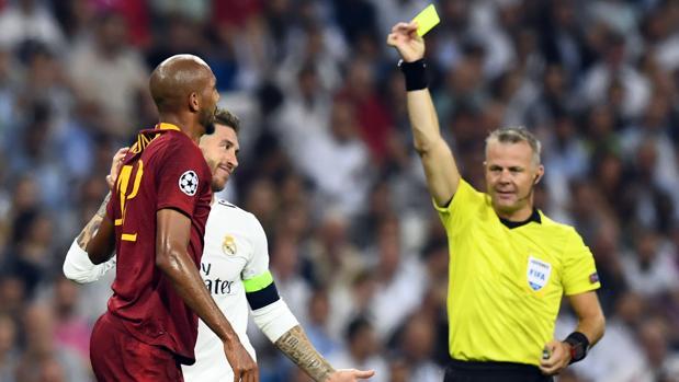 Sergio Ramos, amonestado ante la Roma