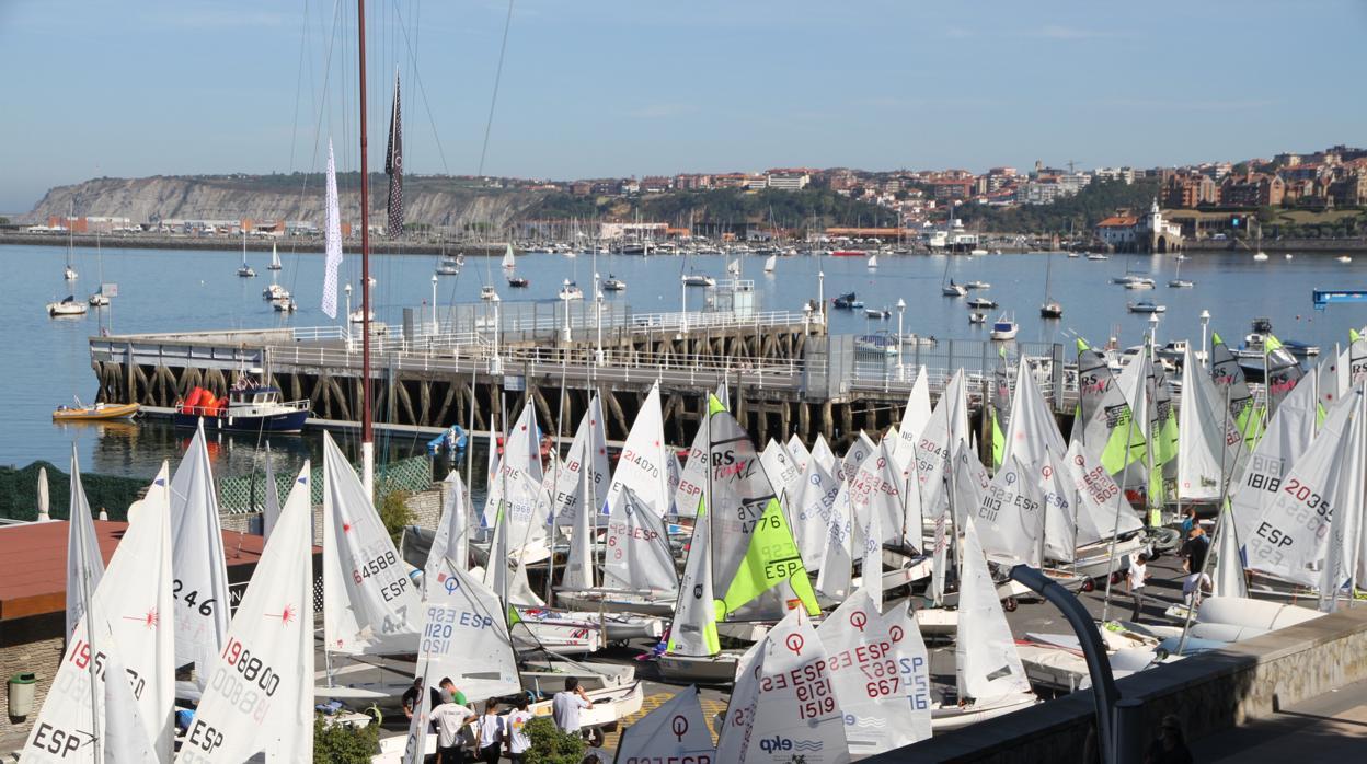 La falta de viento condiciona el arranque del XXVIII Trofeo José Luis de Ugarte