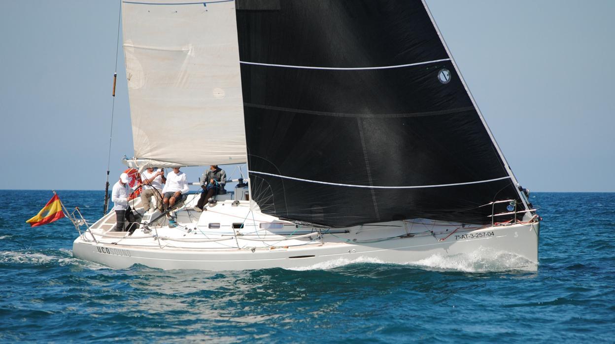 El malagueño «Tareis T», primer líder de la Saïdia Sailing Cup