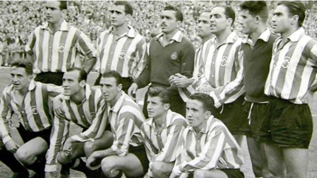 Formación inicial del Racing en el primer partido televisado en España, en 1954