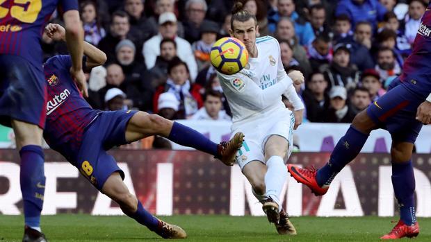 El clásico en televisiónHorario y dónde ver el Barcelona - Real Madrid en  directo c2917bde9db7a