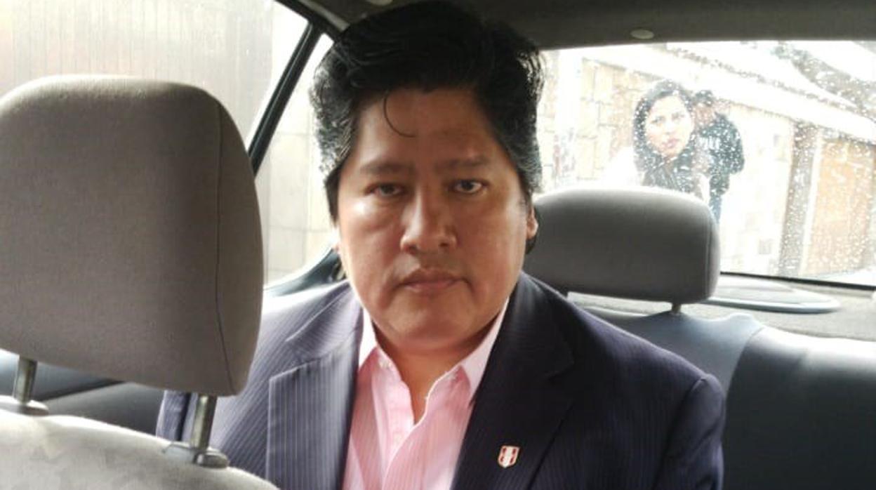 Detenido el presidente de la Federación Peruana de Fútbol