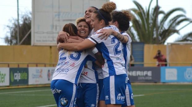 Las jugadoras del Tenerife celebrando una victoria