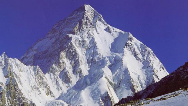 Álex Txikon, asalto invernal a la montaña salvaje