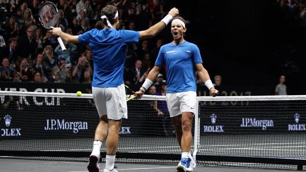 Federer y Nadal, en su partido de dobles de 2017