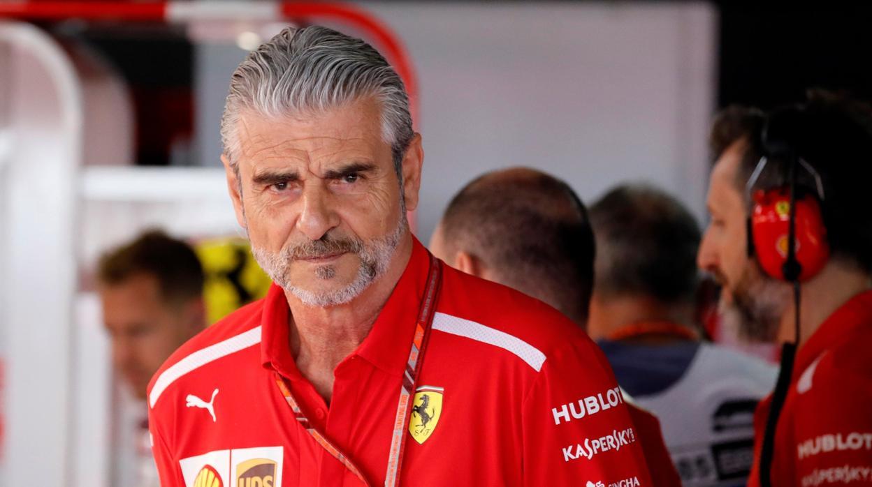 Ferrari, otro cambio a la desesperada