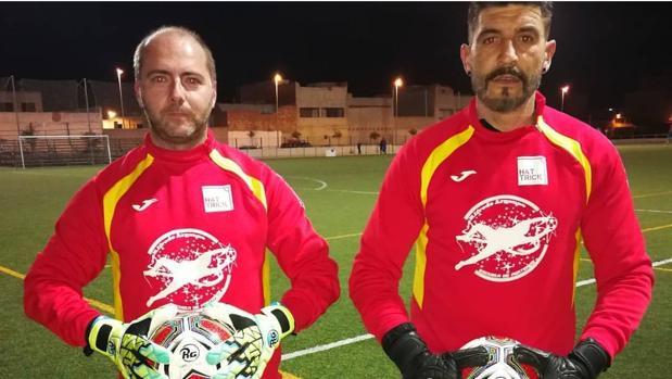 Alfredo Argensó (derecha) y Nika Muñoz, entrenadores de porteros del Roda