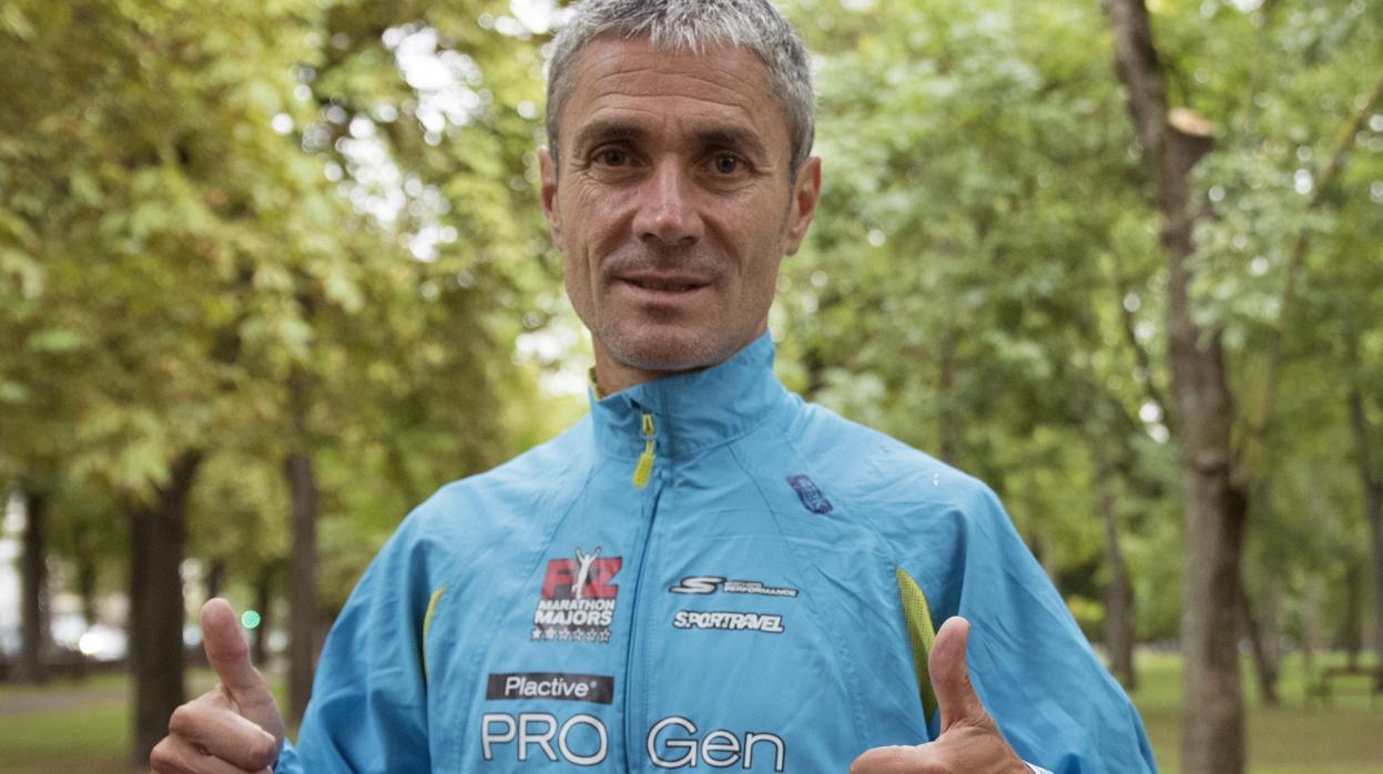 Martín Fiz bate el récord del mundo de 10 kilómetros para mayores de 55 años