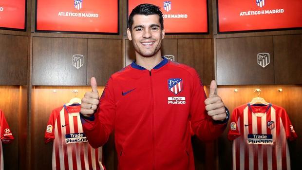 Morata, en el vestuario del Atlético de Madrid