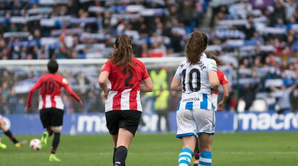 «Llenazo» en Anoeta que encumbra al fútbol femenino