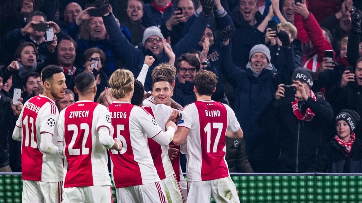 Horario y dónde ver el Ajax-Real Madrid